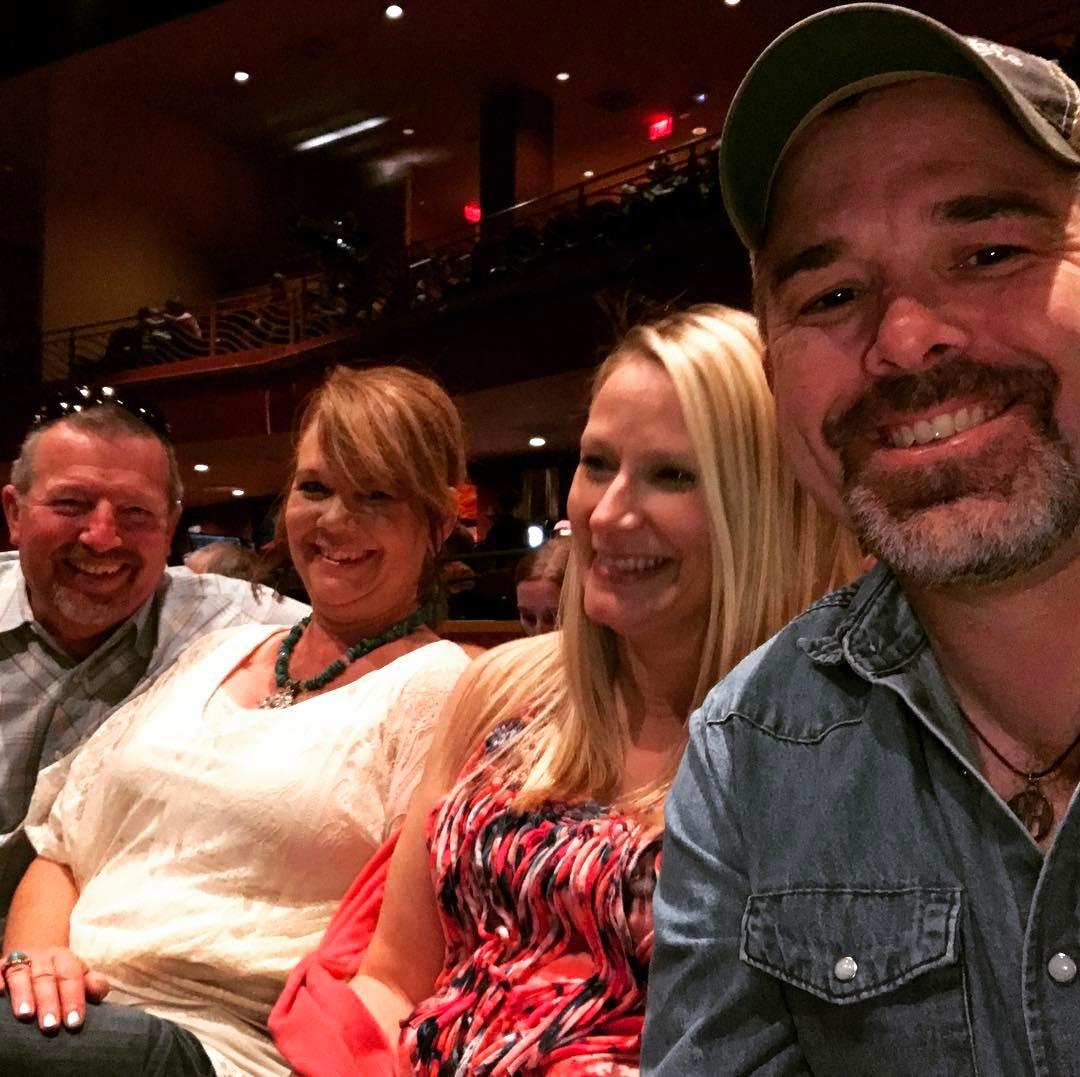 Last night at the KrisKristoferson amp benhaggard show Great concert!